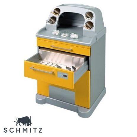 Das fahrbare Versorgungsmodel von Schmitz ist extra für gynäkologische Untersuchungen entworfen